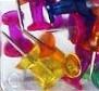 Připínáčky 30ks transparentní barevné (připínáček barevný průsvitný špendlík špendlíky průsvitné napínáček napínáčky hříbky)